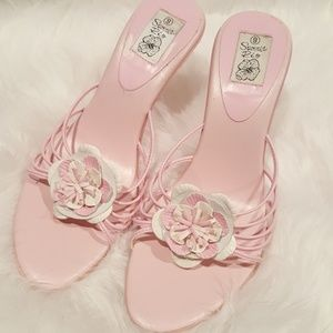Shoes - GENTLY LOVED Pink Sandals